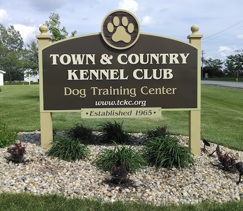 Town and Country Kennel Club - 2507 Fox Creek Road Bloomington, IL 61704